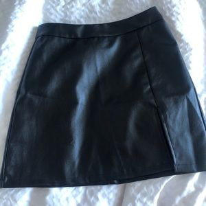 Leather skirt with a slit